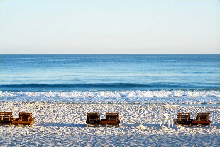 Luxury private condos for rent in Gulf Shores and Orange Beach Alabama.